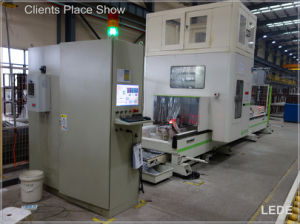 CNC Milling Machine for Aluminum, Copper, PVC and Industrial Profiles Lede CNC pictures & photos