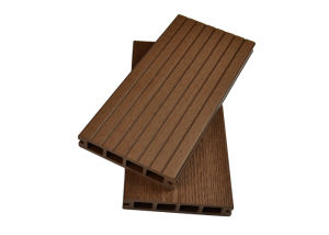 Anti-Slip Weather-Resistant Durable Wood Plastic Composite Decking pictures & photos