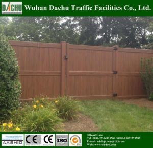 Beautiful and Certificated PVC Vinyl Privacy Fence pictures & photos