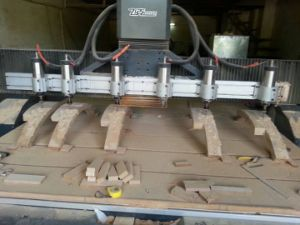Hot Sale 8 Spindles Wood Carving CNC Machine pictures & photos