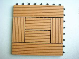 Unti-Slip Composite Interlocking Deck Tiles pictures & photos