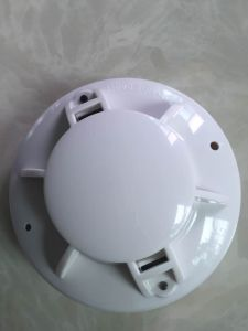 12V/24V DC Wired Smoke Detector for Fire Security pictures & photos