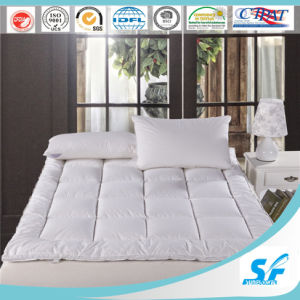 Waterproof Down Feather Fill Mattress Topper Bed Mattress Pad pictures & photos