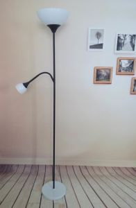 Modern Floor Lamp/Simple Standing Lamp pictures & photos
