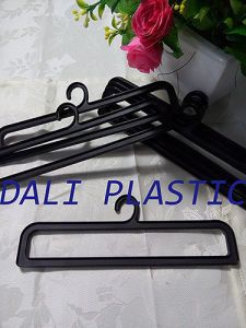 7.5′′ Black PP Plastic Shower Curtain Hanger