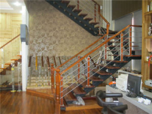 Made in China Environmental Protection Solid Wood Steel Staircase pictures & photos