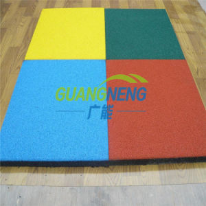 China Gold Supplier Wholesale Playground Rubber Tile, Rubber Floor Tile, Gymnasium Flooring pictures & photos