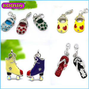 2015 New Fashion Jewellry Factory Wholesale Rhinestone Shoe Charm pictures & photos
