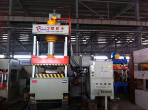 Yq32 Series Four Column Hydraulic Press Machine with Good Quality pictures & photos
