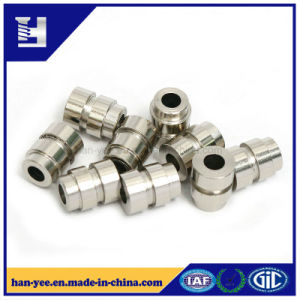 Superior Custom Cold Forming Milling Slotted Fastener pictures & photos