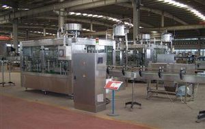 Automatic Stainless Steel Liquid Industrial Pasteurizer Milk Production Line pictures & photos
