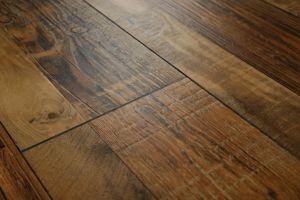 Eir Black V-Groove Lamiante Floor pictures & photos