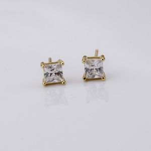 Gold Plated Classical Princess Cut AAA Cubic Zirconia Stud Earrings Available Size 3-10mm pictures & photos