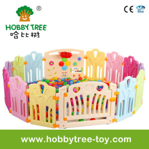 2017 Lovely Indoor Plastic Children Play Game Fence (HBS17069A) pictures & photos
