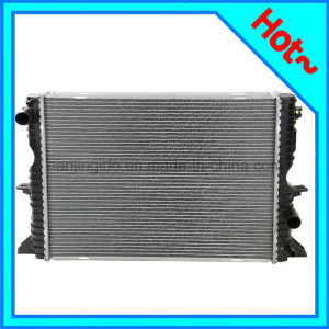 Engine Cooling System Radiator for Defender PCC001020 pictures & photos
