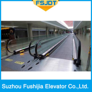 Indoor and Outer Door Moving Walk Passenger Conveyor with 0-6degree for Commercial Center pictures & photos