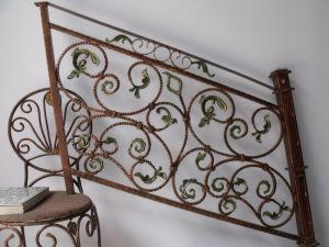 Wrought Iron Hand Railing Designs with Good Quality pictures & photos