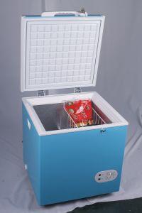 12V/24V Mini Solar Power Freezer 60L pictures & photos