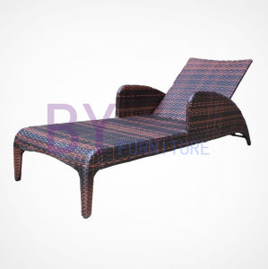Garden PE Rattan Furniture Lying Bed pictures & photos