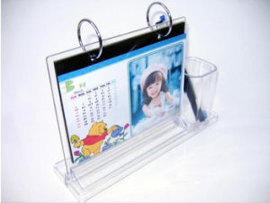 L-Shaped Clear Acrylic Calandar Stand pictures & photos