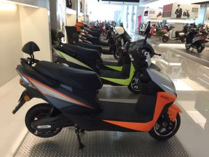 Durable Electric Motorcycle with 800W Bosch Motor for Sale pictures & photos