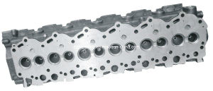 Iron-Casted Cylinder Head for Toyota Land Cruiser 1Hz (11101-17010) pictures & photos
