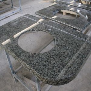 China Green Granite Kitchen Countertops/Vanity Top pictures & photos