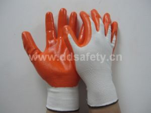 Ddsafety 2017 White Nylon Nitrile Coated Safety Working Glove pictures & photos
