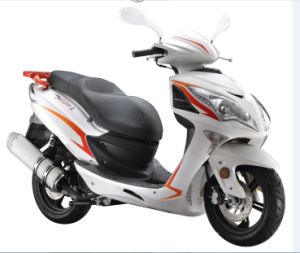 Hot Sale Gas Scooter 125cc pictures & photos