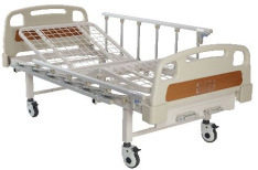 Manual Hospital Bed (2 Cranks) pictures & photos