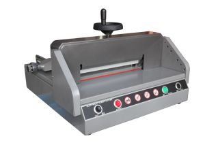 Small Size Table Paper Cutter (E330D) pictures & photos