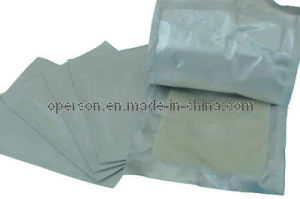 CE Approved Sterile Paraffin Gauze Swab with Competitive Price pictures & photos