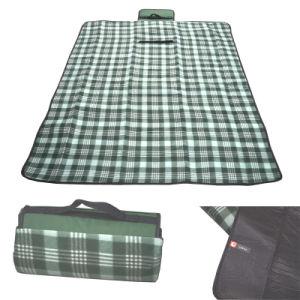 Custom Waterproof Folding Picnic Fleece Rug Mat Carpet Blanket pictures & photos