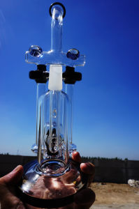 High Quality Wholesale Glass Smoking Water Pipe with Good Functions pictures & photos
