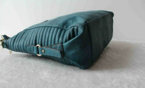 Custom-Made Branded Genuine Leather Handbag Factories in China pictures & photos