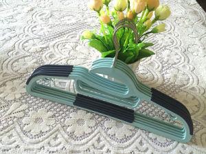Hight Quality Non Slip Plastic Kids Rubber Stri Clothes Hanger