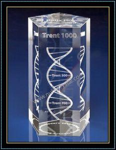 3D Laser Engraved DNA Crystal Pentagon Block pictures & photos