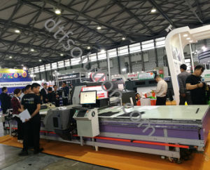 Fabric Printing Machine with Pigment Ink pictures & photos