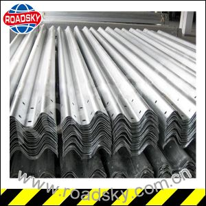 Aashto M180 Hot DIP Galvanized Highway Steel Guardrail W Beam pictures & photos