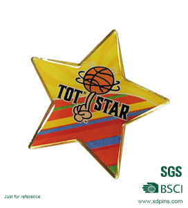 Customized Metal Football Star Shaped Lapel Pin for Souvenir (xd-9044) pictures & photos
