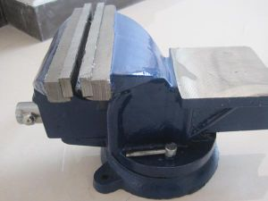 French Type Casting Steel Bench Vise pictures & photos