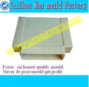Plastic Injection Mold for Electric Cable Fitting Tee pictures & photos