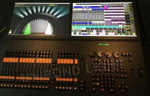 Grand Ma Command Wing and Fader Wing DMX Controller with 2 Screens Light Controller pictures & photos
