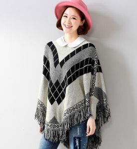 Quilited Tassel Bat Sleeve Shawl Knit Sweater Coat (BTQ112) pictures & photos