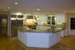 White Kitchen Cabinets (w2) pictures & photos
