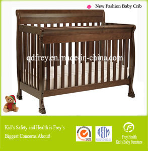 New Solid Pine Wood Baby Furniture of Cot Bed pictures & photos