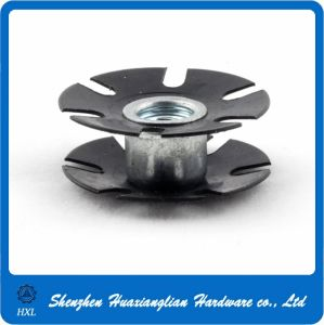 Stainless Steel or Galvanized Flower Nut Starnut Star Nut pictures & photos