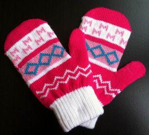 Fashion Acrylic Knitted Jacquard Glove