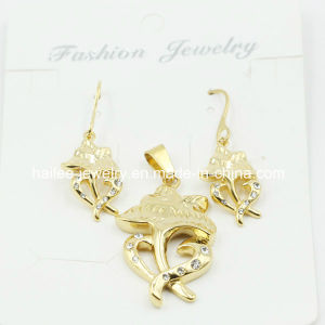 18k Gold Plated Stainless Steel Jewelry Set pictures & photos