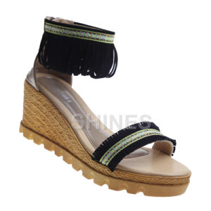 Black Ladies Fashion High Heel Sandal with PU Tassels